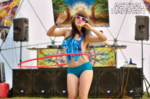 Jordana hula hoops at Astral Harvest Festival